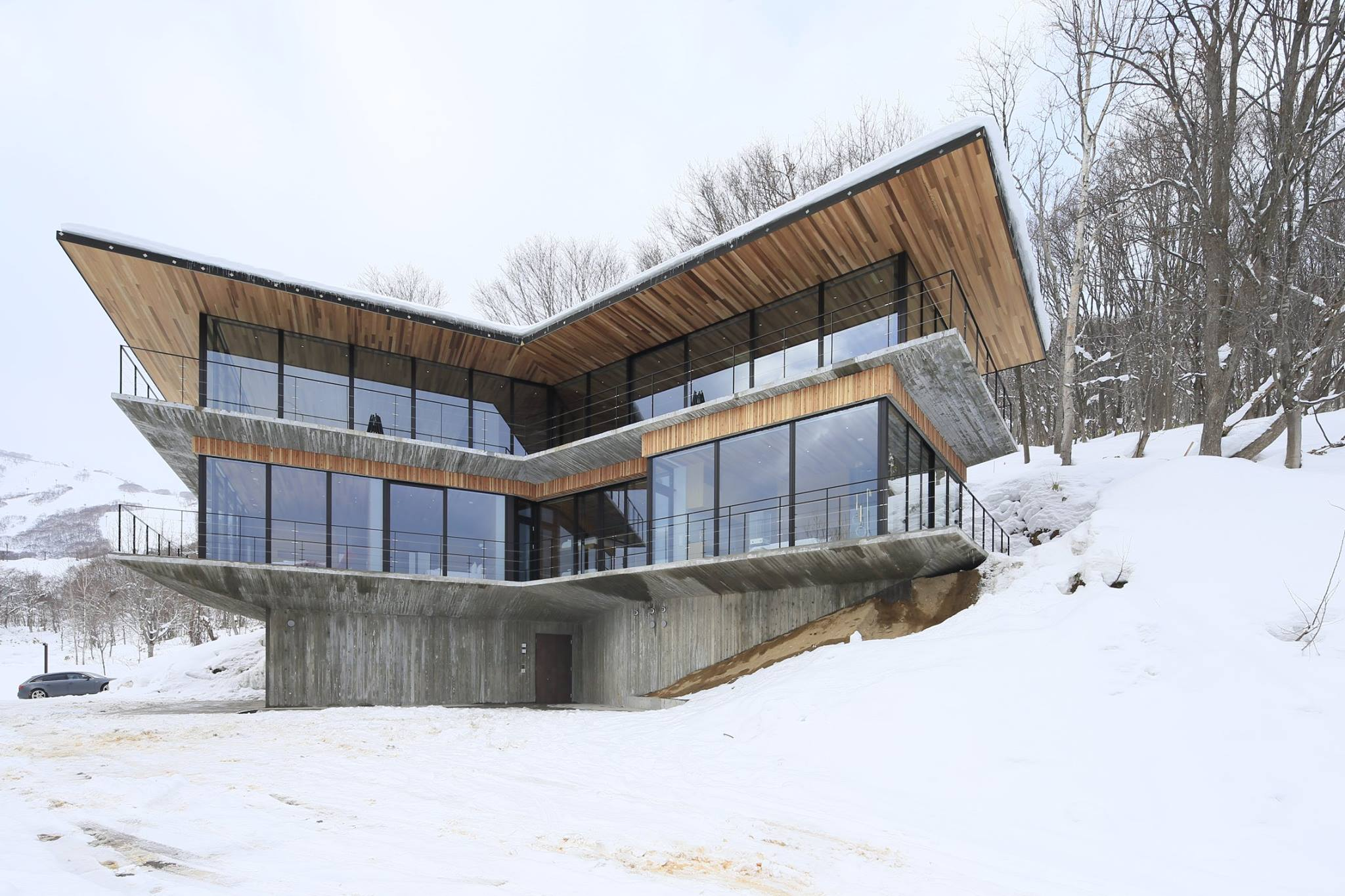 First Custom Luxury Home in Elevation Hirafu